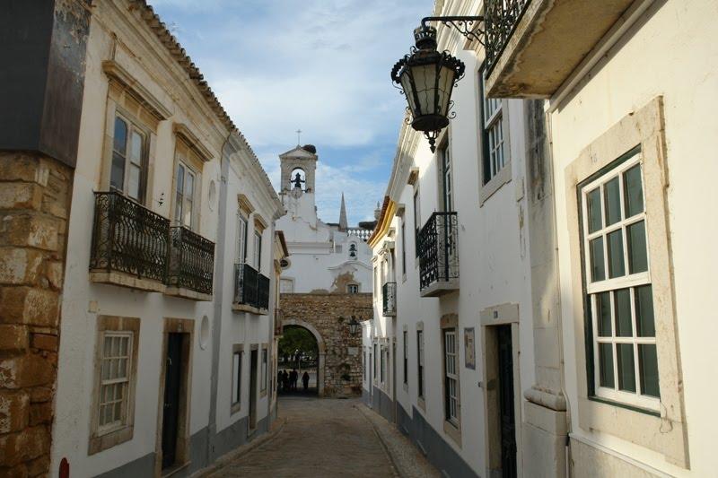 Faro-Vila-Adentro