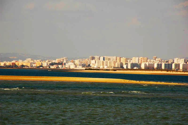 Faro-vista-da-Ria-Formosa_cfs