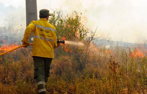 Foto de arquivo CM Castro Marim- Incêndio Almada D'Ouro - 2012