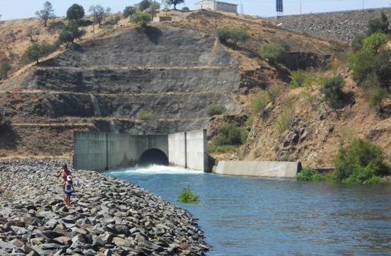 Odeleite descarga da barragem