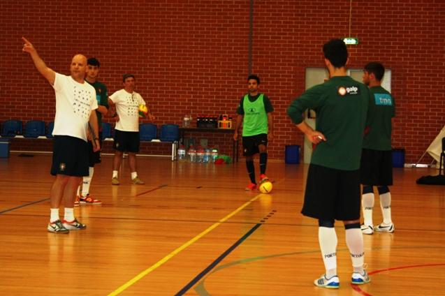 Treino da Seleção Universitária de Futsal masculina em Faro_3