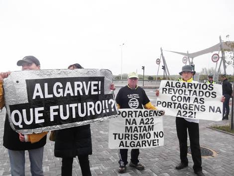 Ativistas-anti-Portagens-da-CUVI