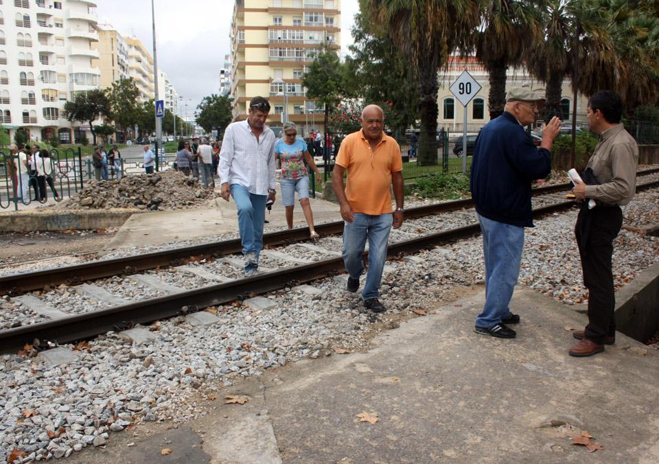 Passagem de Nível reaberta em Olhão_1
