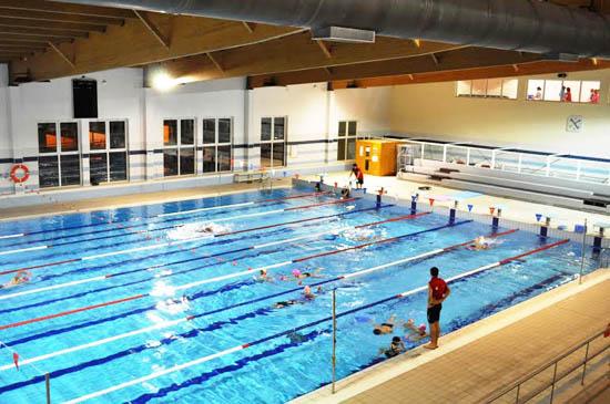 Vrsa recebe i meeting internacional de nata o do algarve for Horario piscina vila real
