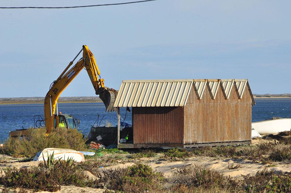 Demolições na Praia de Faro_Carlos Sousa_1