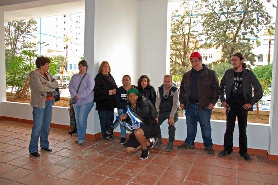 Alguns dos colegas de Marilu Santana solidários com o protesto