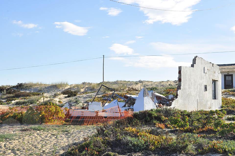 Demolições na Praia de Faro_Carlos Sousa_3