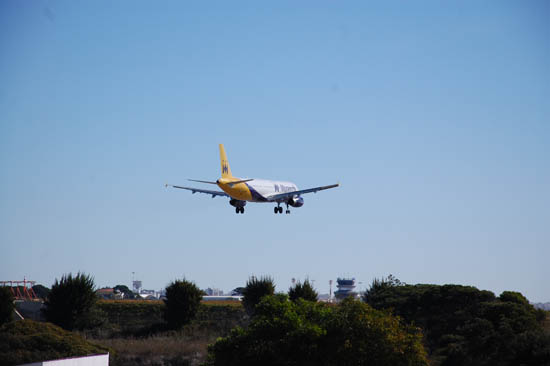 Aeroporto de Faro_Monarch