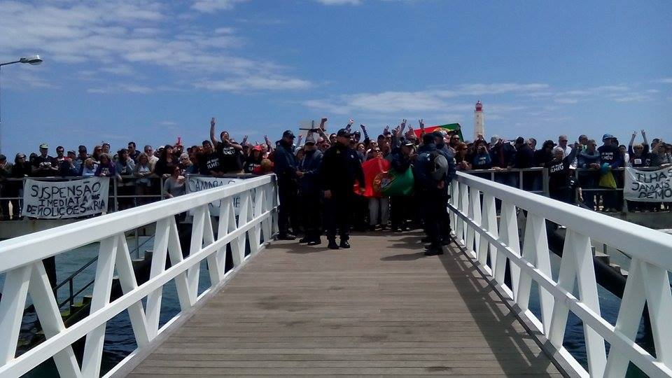 Chegada da equipa da Polis ao Farol_27 de Abril 2015