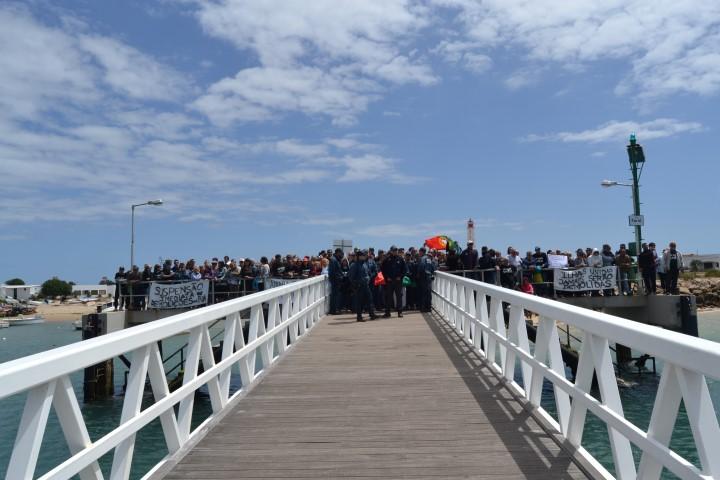 Polícia Marítima tentou manter a calma dos ilhéus