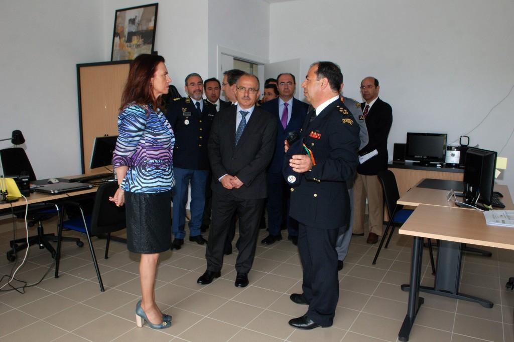 Inauguração do edifício de apoio à Base de Helicópteros em Serviço Permanente de Loulé com a presença da Ministra da Administração Interna em Loulé - C.M.Loule - Mira  (2)