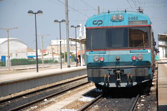 Linha férrea_comboio_faro_5