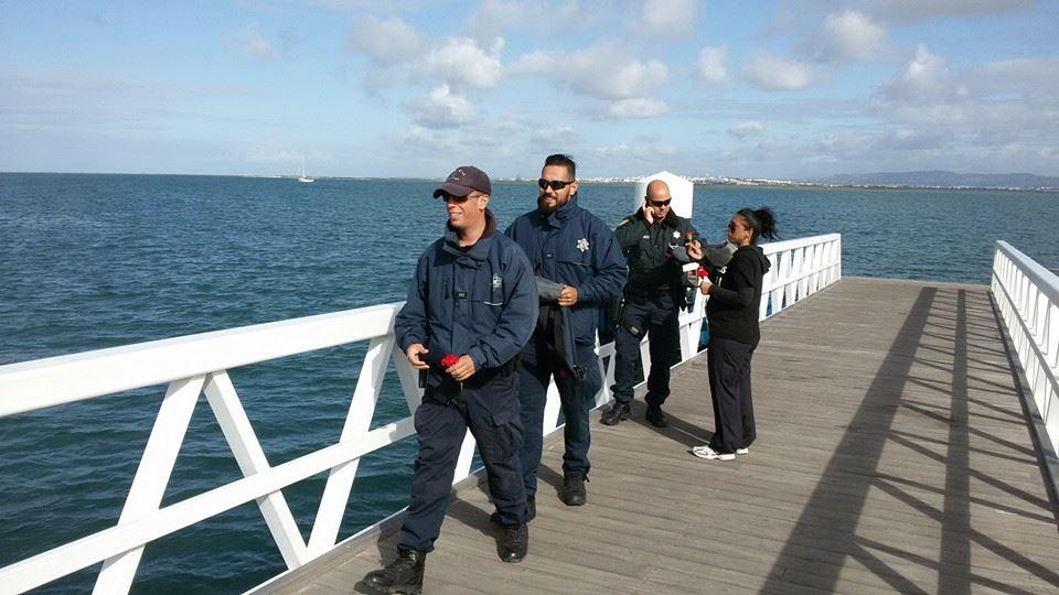 Policia Marítima recebida com cravos no Farol