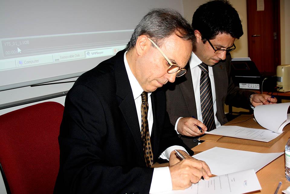 Assinatura protocolo entre a OE e a FE da Ualg
