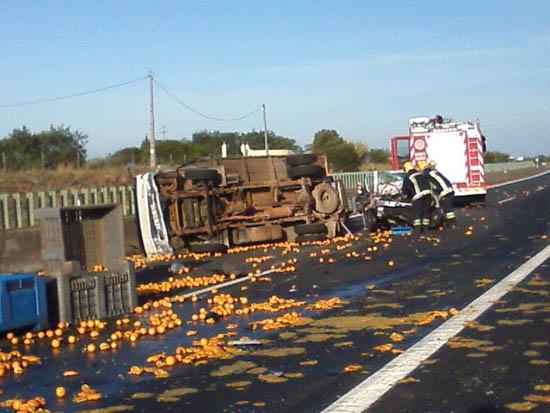 acidente com laranjas3