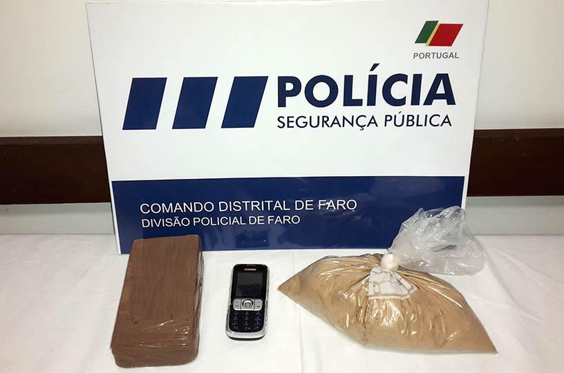 EIC Faro 6780 grs Heroina 04JUN15