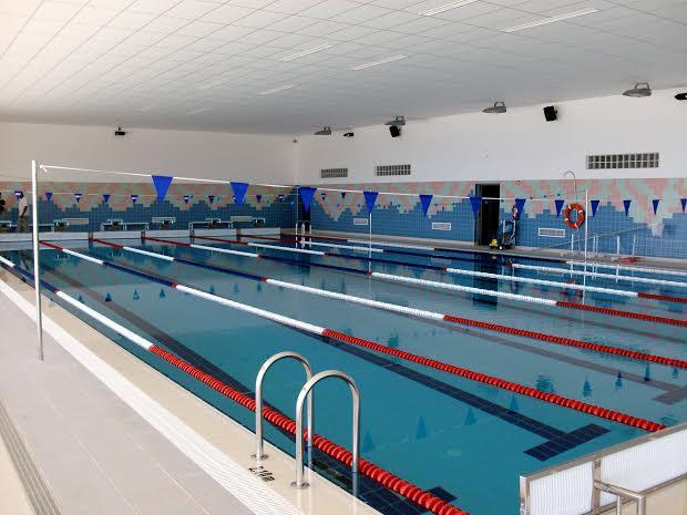 Aljezur instala energia solar t rmica nas piscinas for Horario piscina vila real