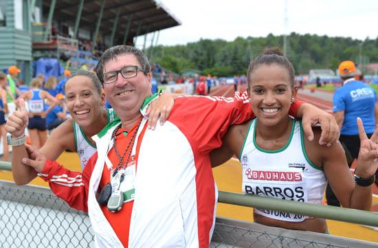Edna Barros e Catarina Marques com o treinador, após a prova do Europeu na Suécia
