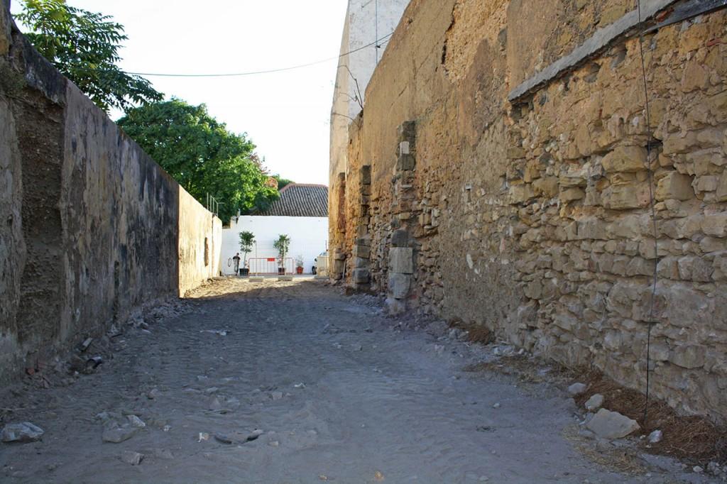 Novo Beco do Castelo, antiga Travessa das Freiras, fechada em meados do Século XIX.