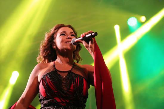 Daniela Mercury3