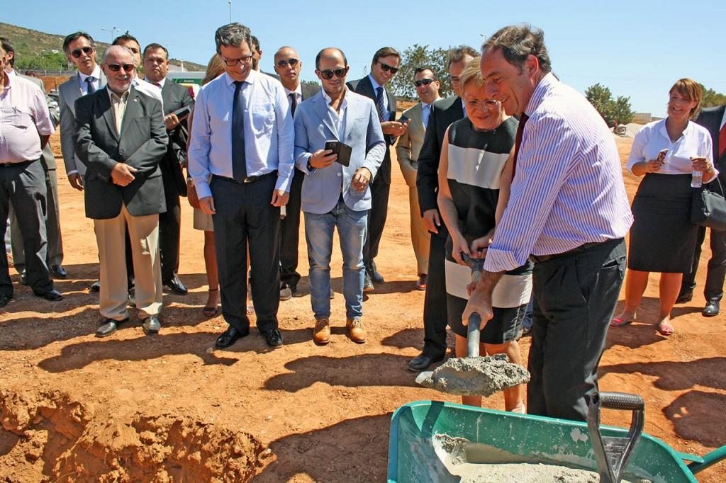 Paulo Portas e Christiane Thomas lançaram a primeira pedra do IKEA Loulé