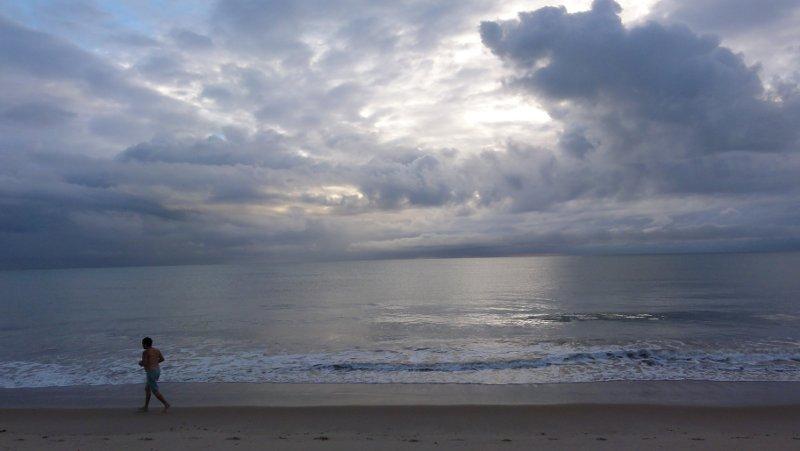chuva na praia