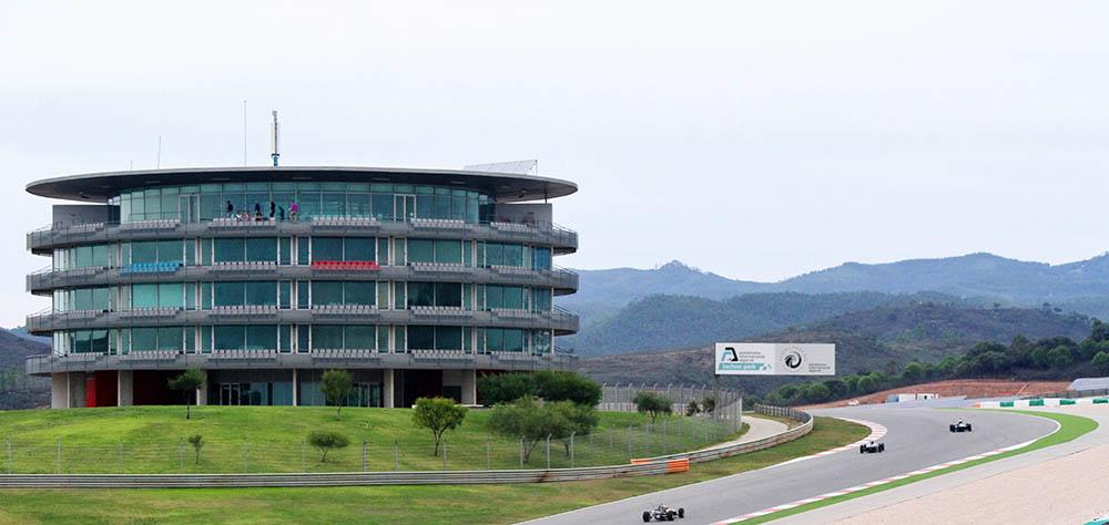 Autódromo Internacional do Algarve - Uma vista VIP para as corridas