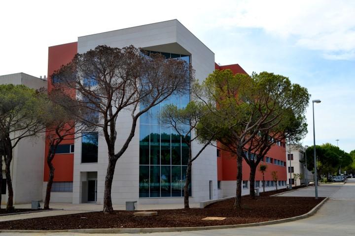 Edificio Medicina UAlg (2)