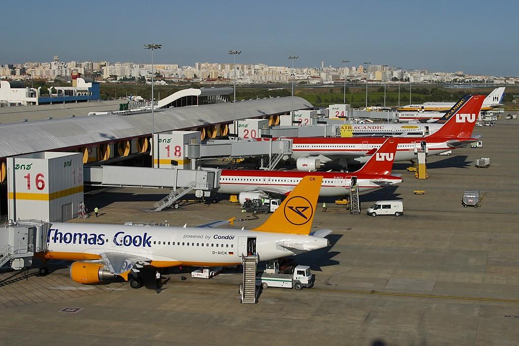 20 Aeroporto Faro