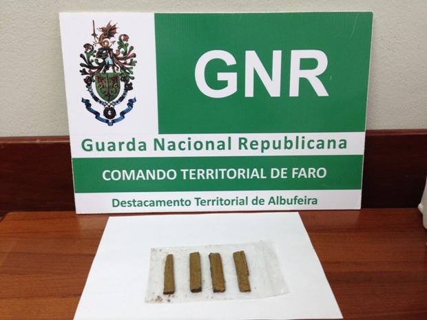 Detenção tráfico estupefacientes GNR Albufeira