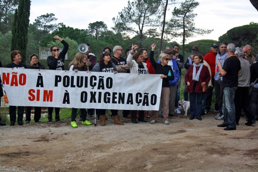 Protesto Ilhéus Reunião da Polis final 2015_9