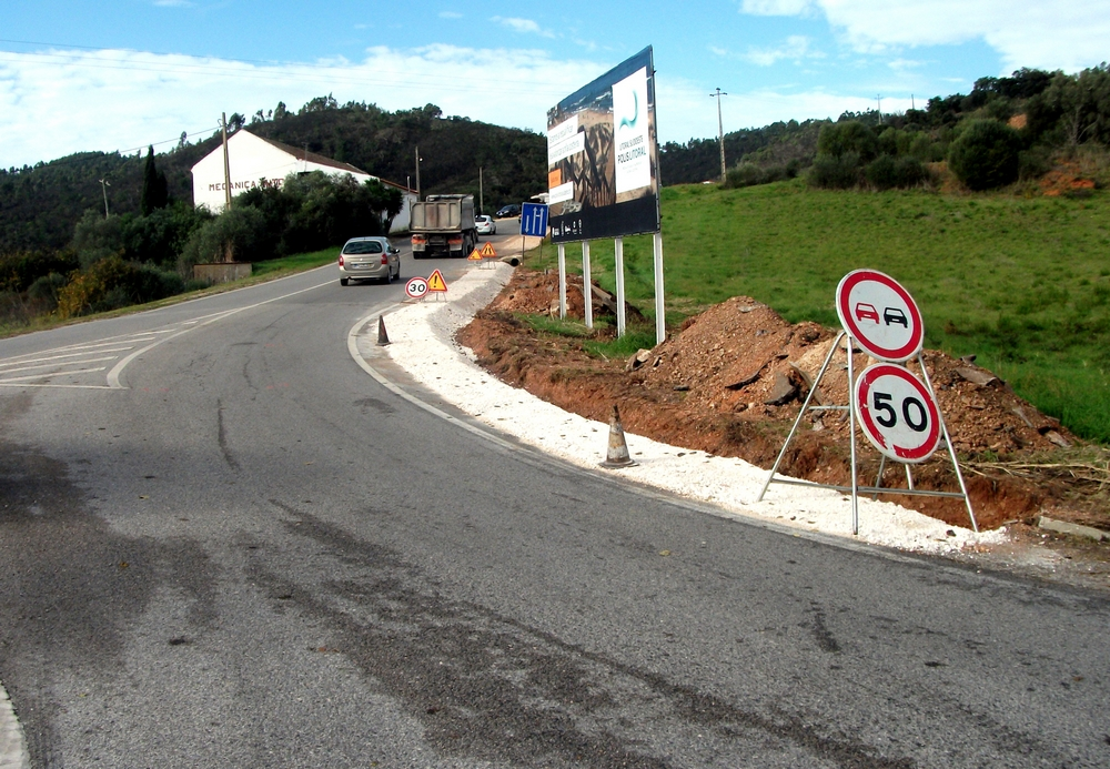 obras de conservação na EN1003 - Troço EN 120 -Montes Galegos (3)