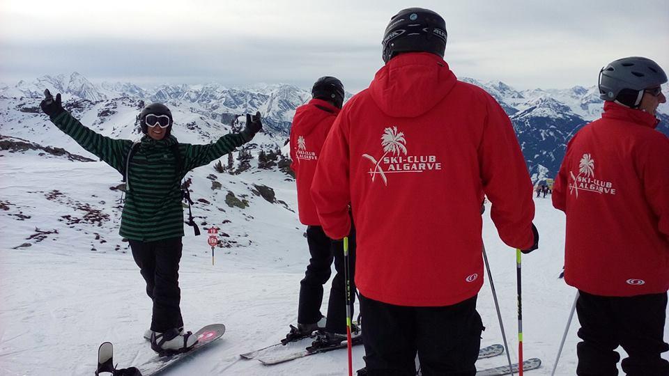 «E eis que o The Perfect Winter encontra um... Algarve Ski Club... onde não há nem um tuga nem sequer ninguém sabe falar português... Afinal era uma piada... mas valeu!»: João Saraiva