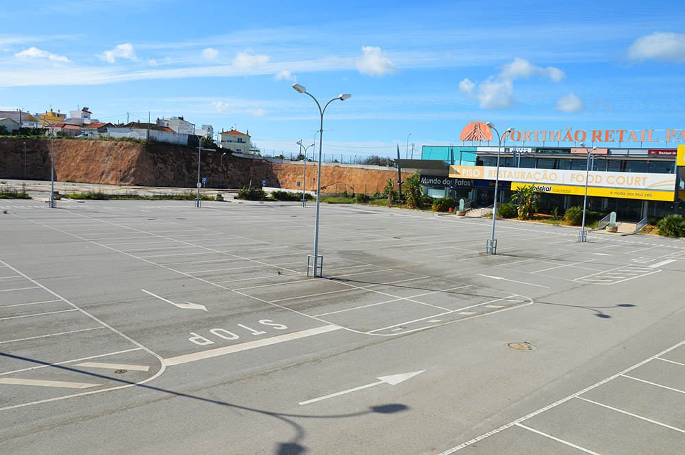Fundo norte americano compra antigo retail park de for Compra de parking