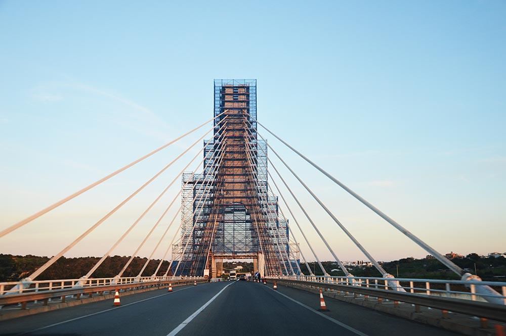 ponte nova do arade em obras
