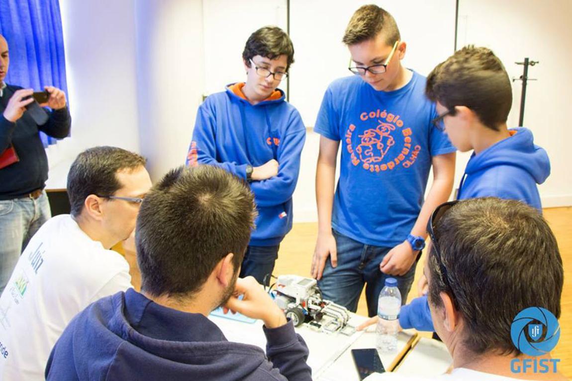 2016-097-torneio-first-leo-league-robotica