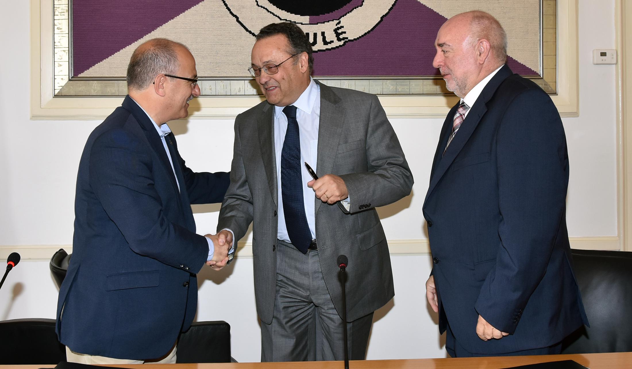 Assinatura de memorando entre a CML e o Secretário de Estado da Saúde - C.M.Loule - Mira (2)