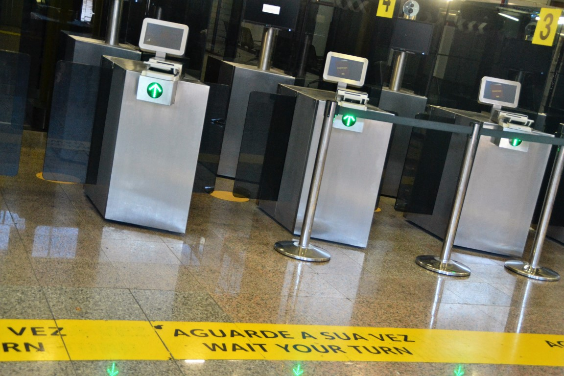 Passaportes Aeroporto Faro (3)