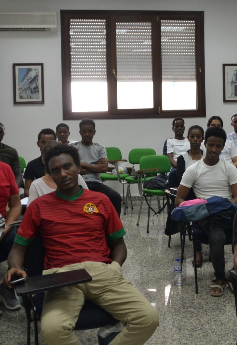 aulas refugiados (3)