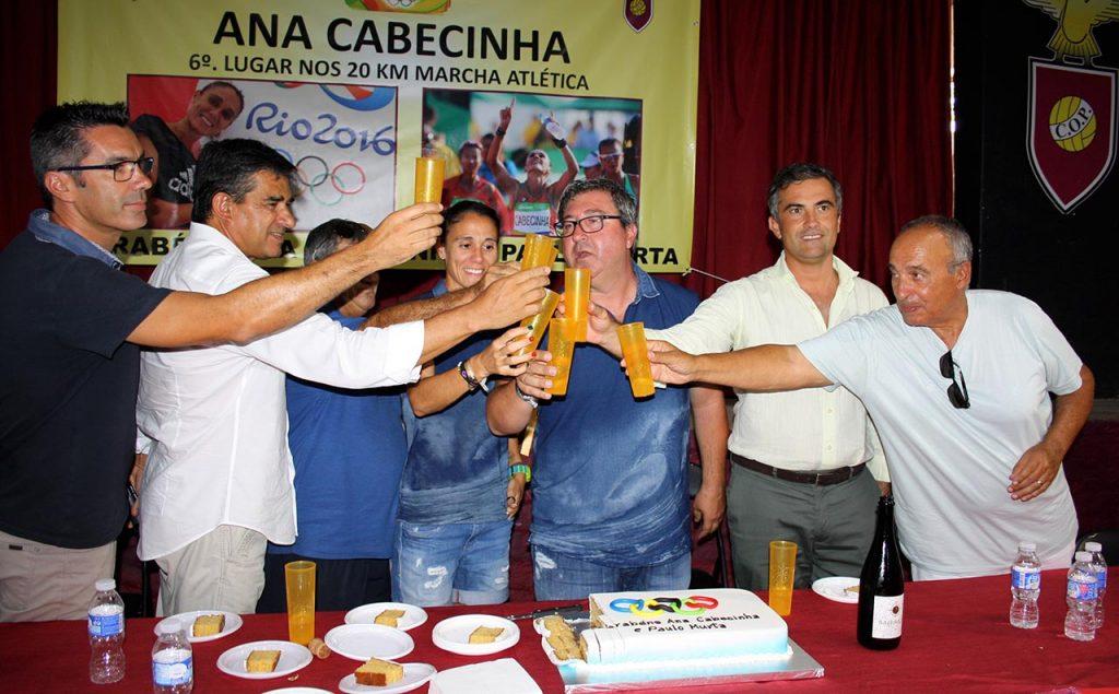 Ana Cabecinha recebida em festa no Pechão_16