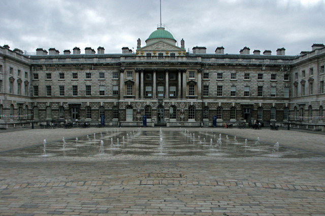 Courtyard_of_Somerset_House,_Strand,_London_-_geograph.org.uk_-_1600016