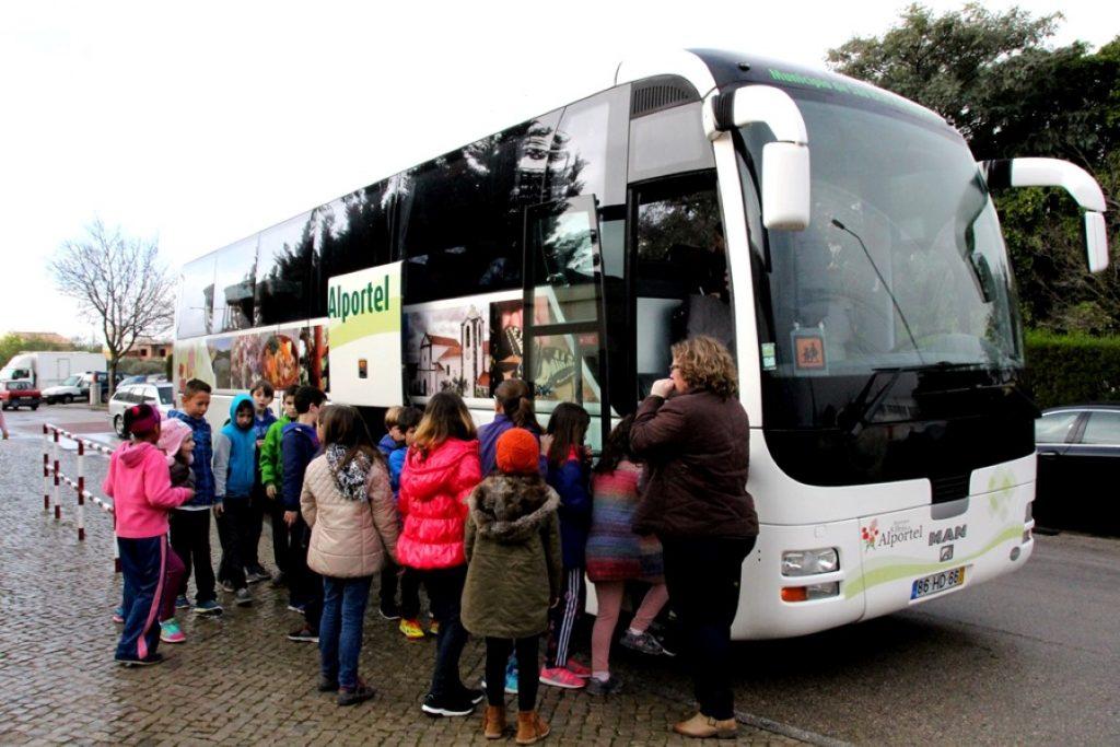 Município são-brasense garante transporte escolar gratuito1