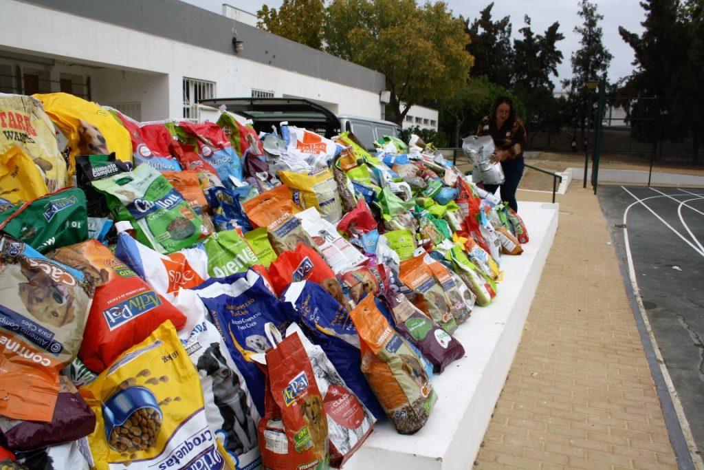 João da Rosa ofereceu 2 toneladas de comida à ADAPO_2