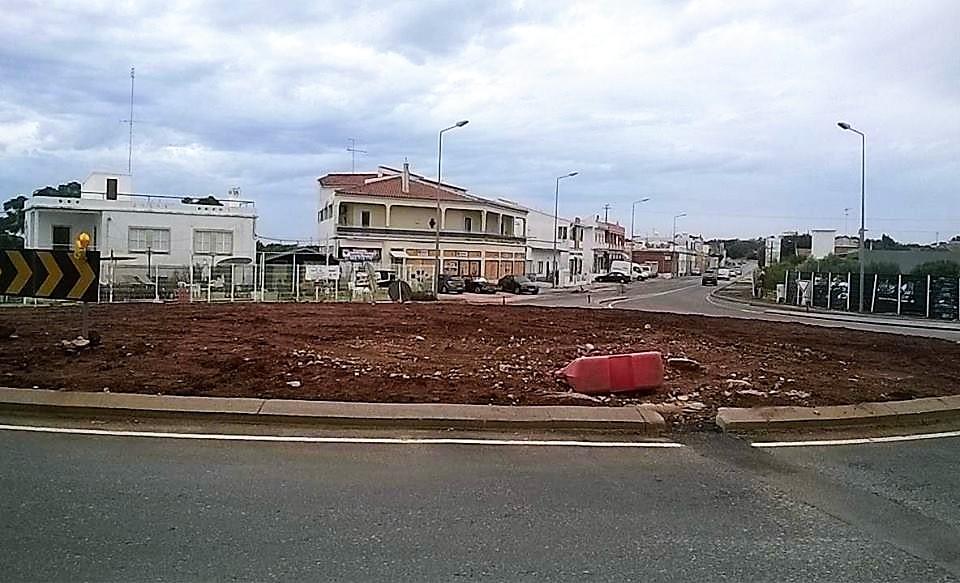 Nova Rotunda inacabada Fonte de Boliqueime