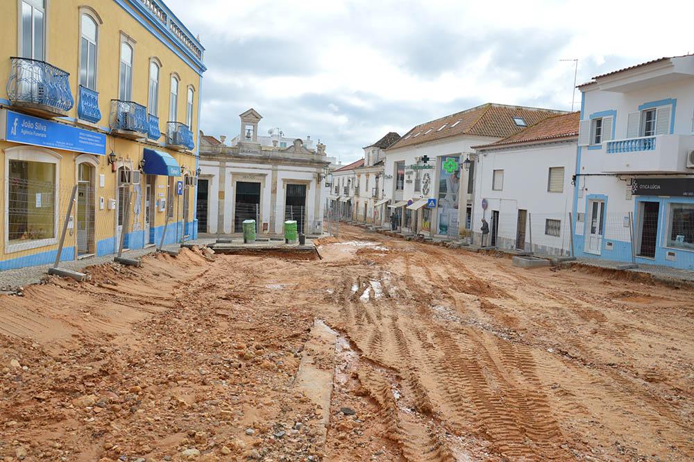 obras-no-centro-de-lagoa_dezembro-2016_1