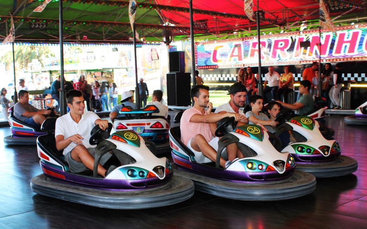Quem se quer divertir vai à Feira de Santa Iria em Faro [fotogaleria] Sul Informação