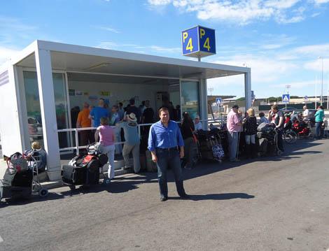 Mendes Bota também criticou a ANA Aeroportos