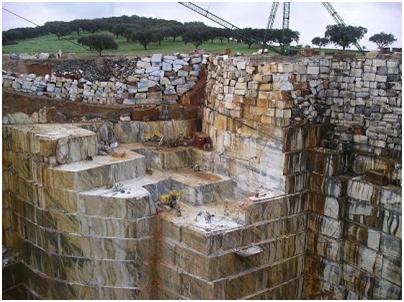 Pedreira de mármore em Vila Viçosa