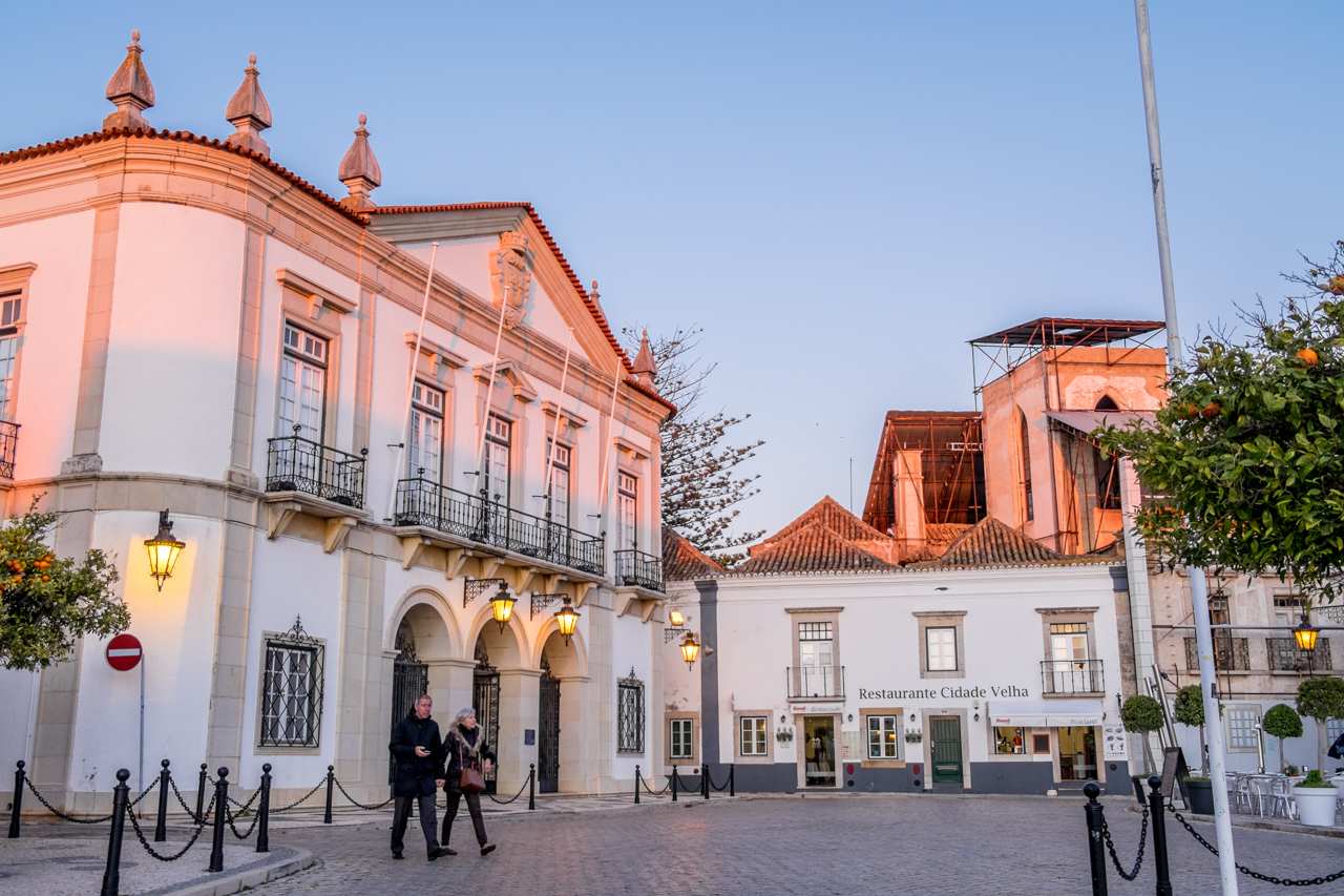 Câmara de Faro está a contratar juristas - Sul Informacao